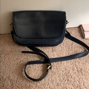 vintage coach purse with gold hardware